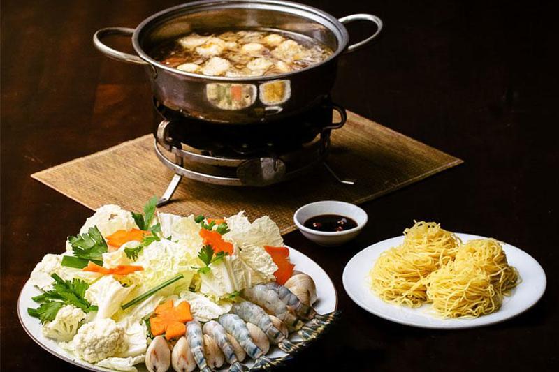 Thực đơn nấu tiệc tại nhà hoàn hảo với 5 món lẩu siêu ngon