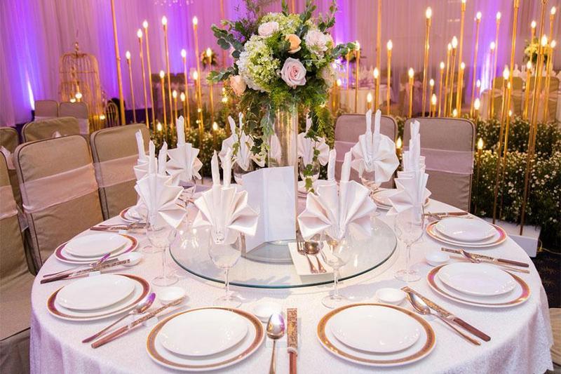 Set up bàn tiệc trở nên dễ dàng, đẹp hơn với dịch vụ tiệc sự kiện lưu động